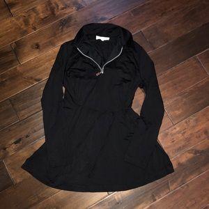 Women's size medium a pea in the pod black blouse